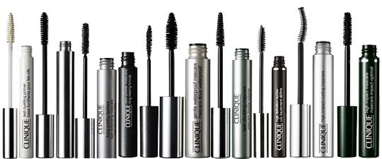 What it is: An unadulterated black mascara for dramatically full and voluminous lashes. What it does: This magic mascara is like a set of sexy black false eyelashes without the glue!