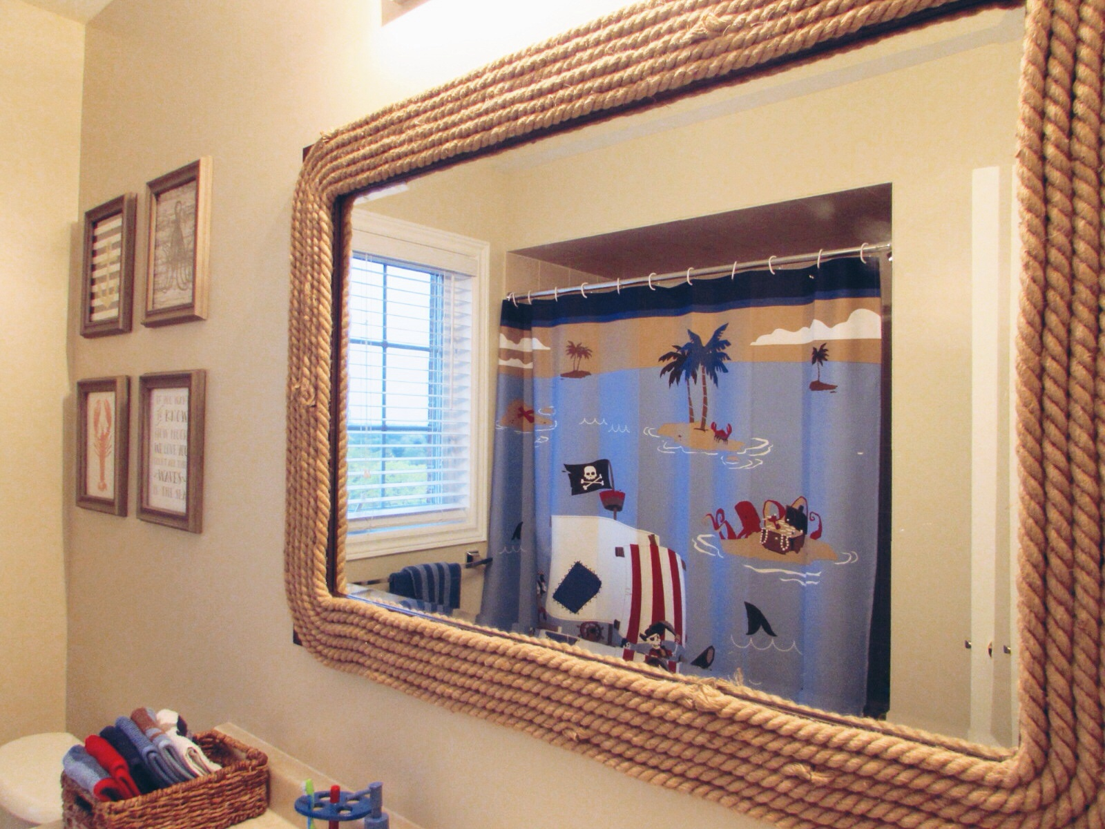 A pirate themed bathroom with a little diy sparkleshinylove for Pirate bathroom ideas