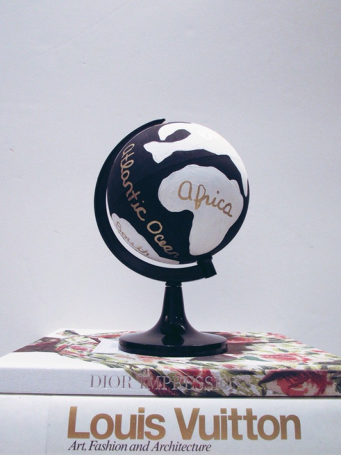 DIY hand-painted globe sparkleshinylove