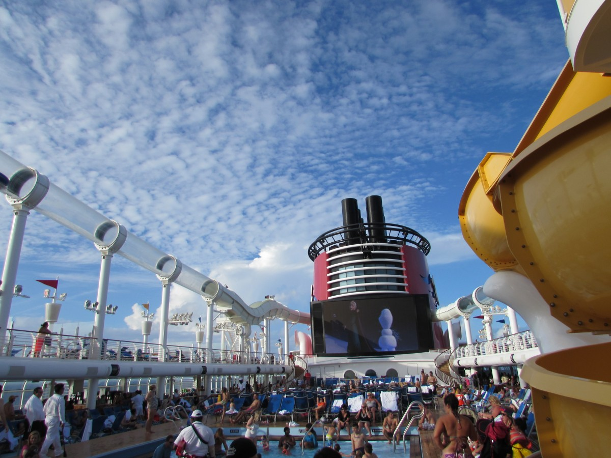 DIsney Cruise Line Review sparkleshinylove
