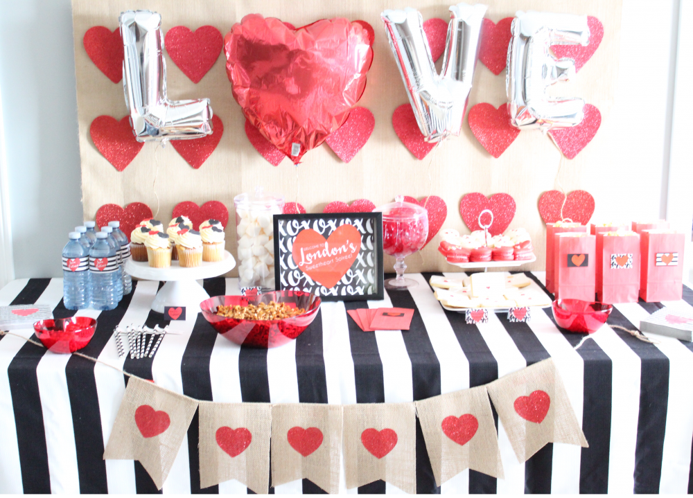 Hosting-a-Valentine's-Day-Party-for Kids