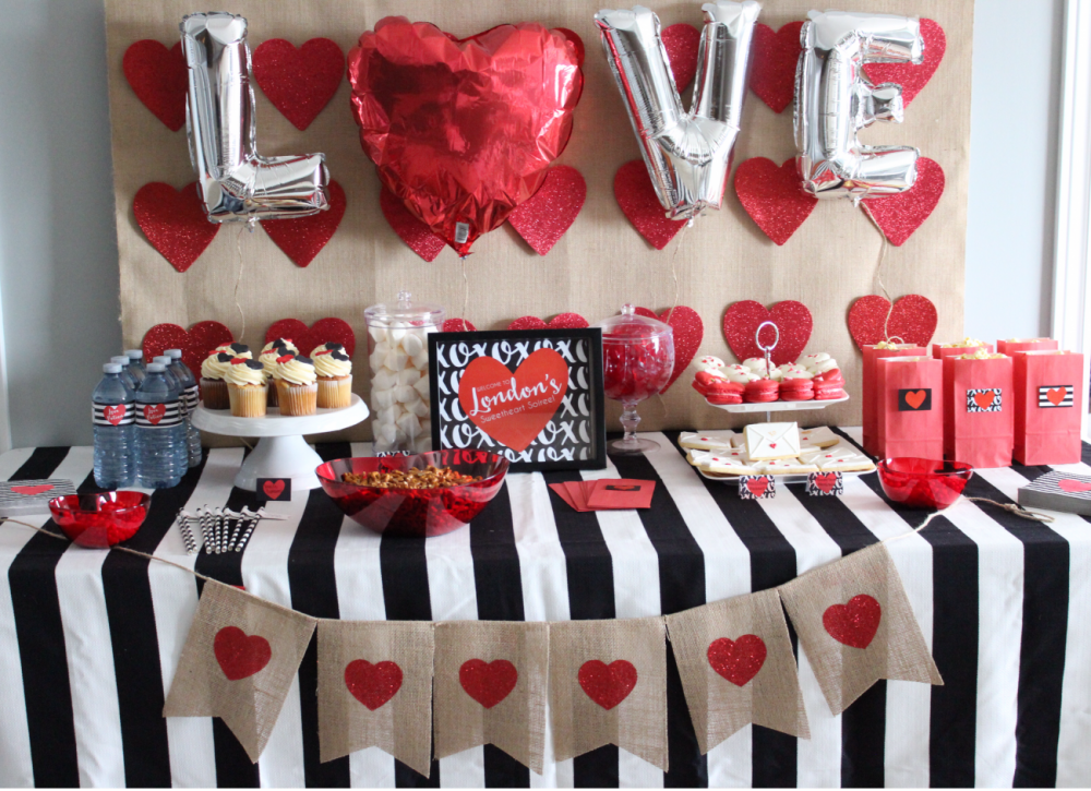 Hosting-a-Valentine's-Day-Party-for-Kids