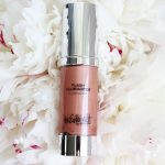 Summer Shimmer with the Estée Edit Flash Illuminator