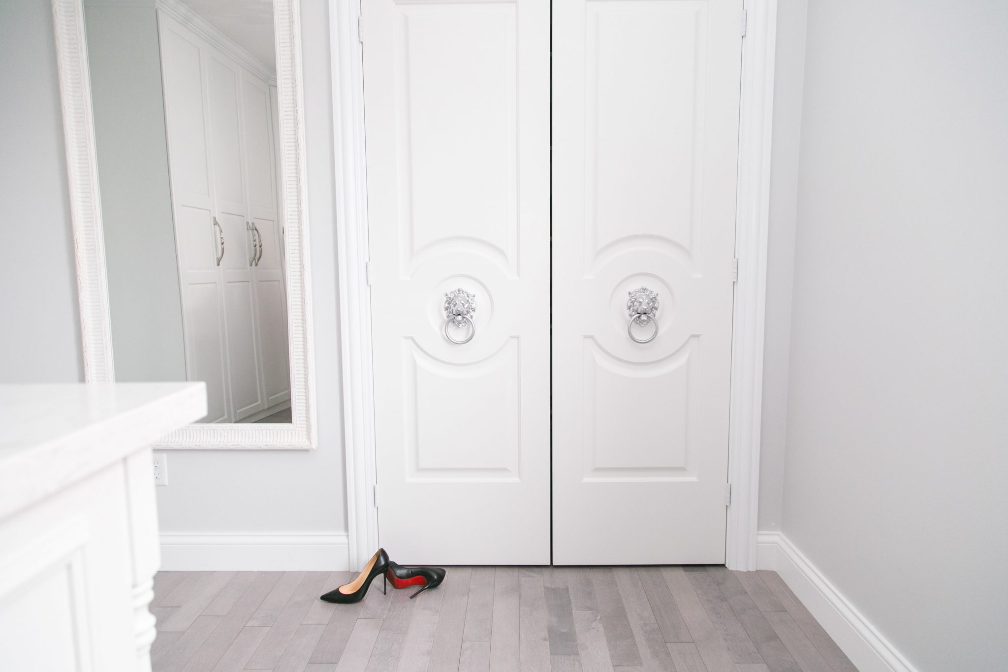 Dream walk-in closet Metrie doors