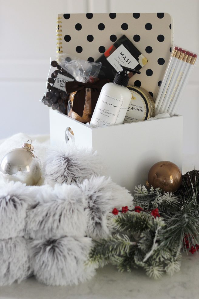 Holiday Gifts from Baskits + A Giveaway!