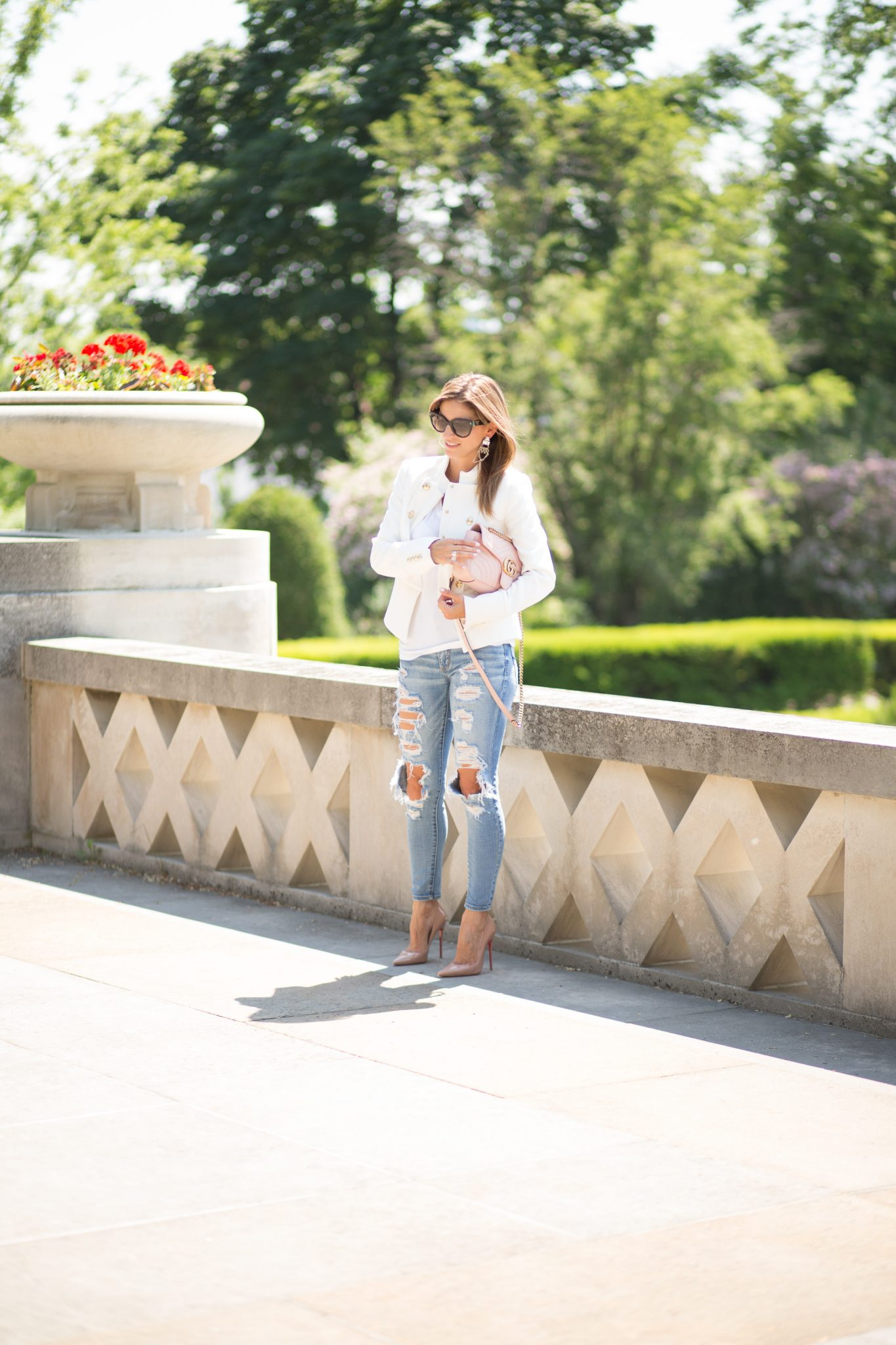 White military blazer, ripped jeans, pink Gucci marmont
