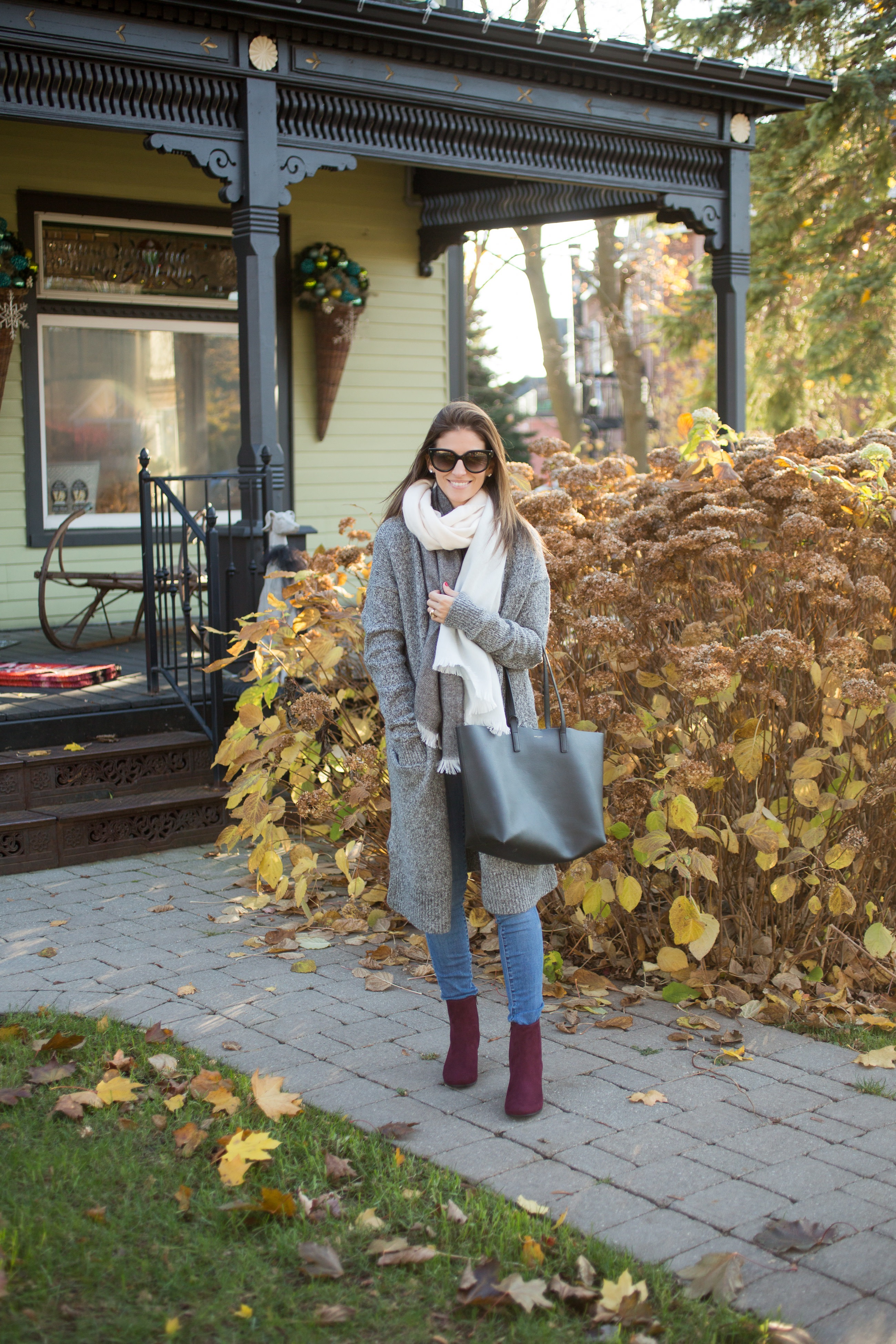 what to wear in the winter to look chic and stay warm on sparkleshinylove