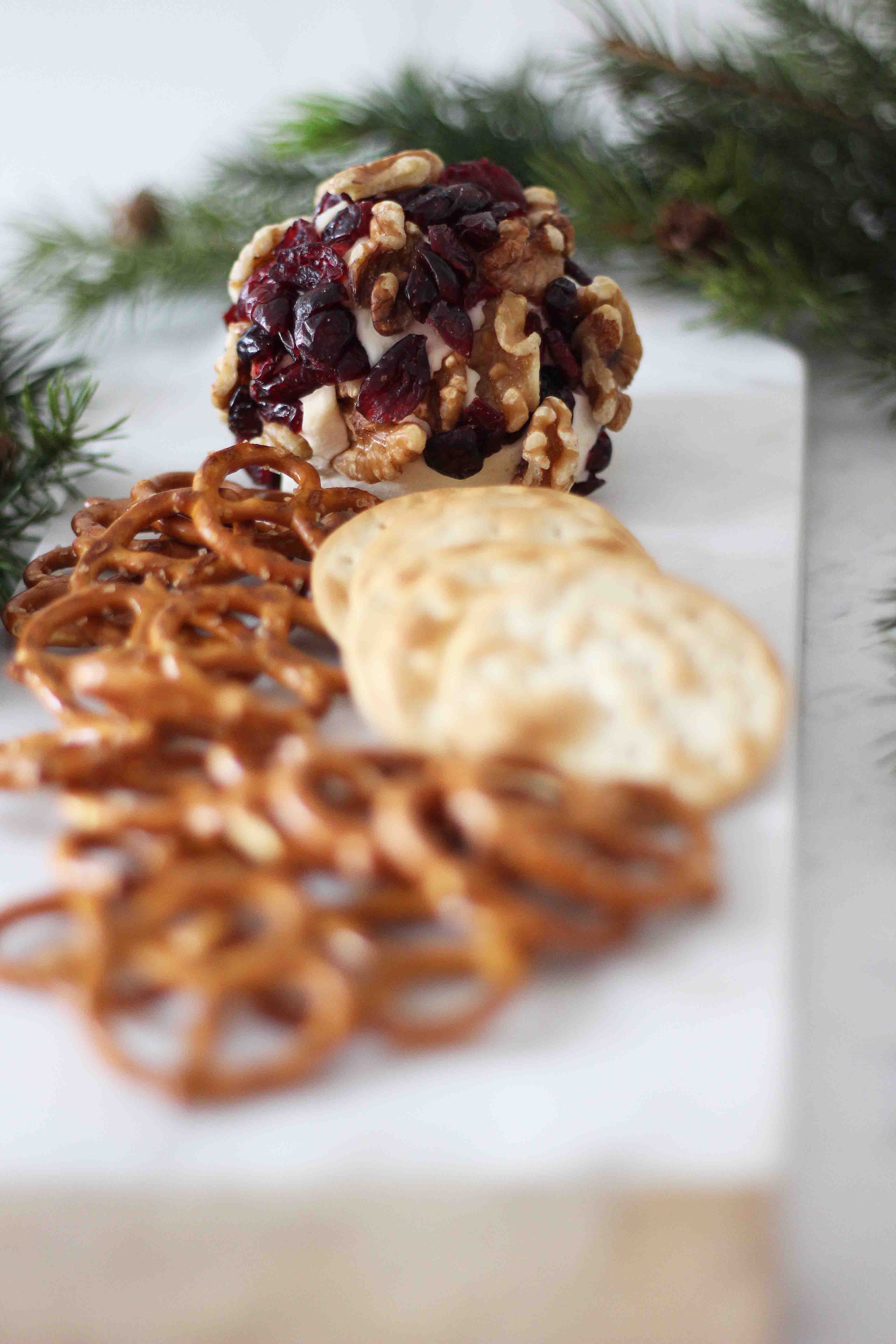 Canada Dry sangria drink ideas with holiday cheeseball