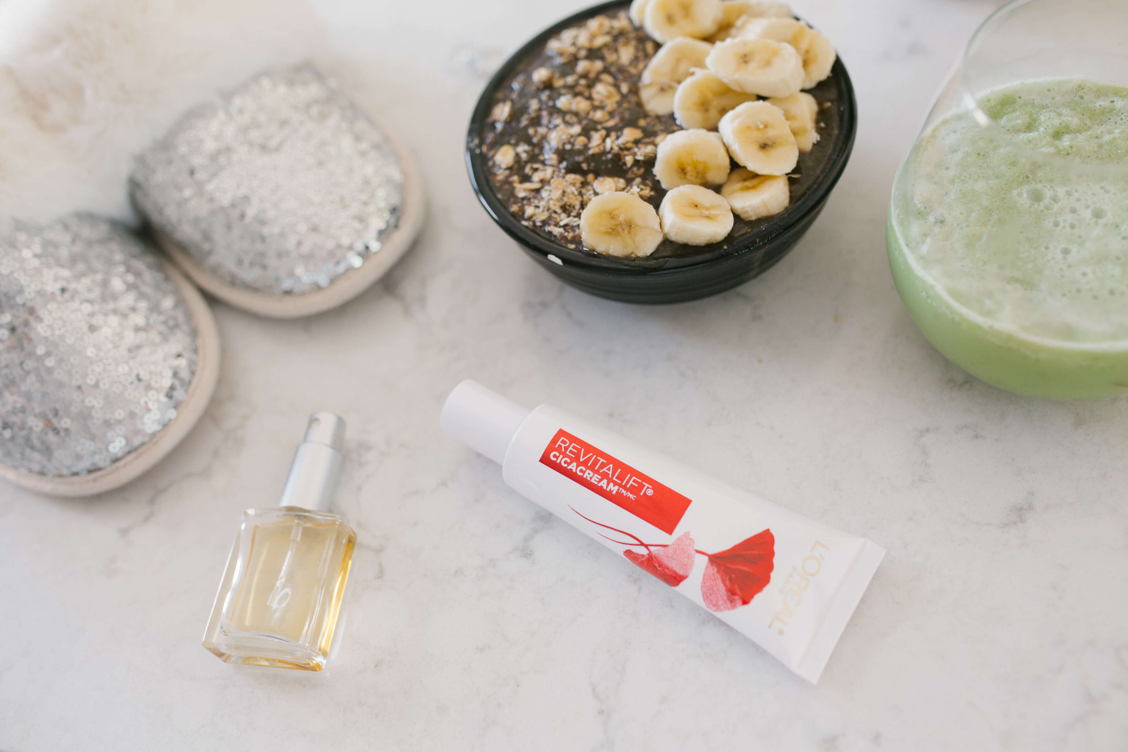 Review of L'Oreal's Revitalift Cicacream; tips on staying active and eating healthy; mandy furnis sparkleshinylove