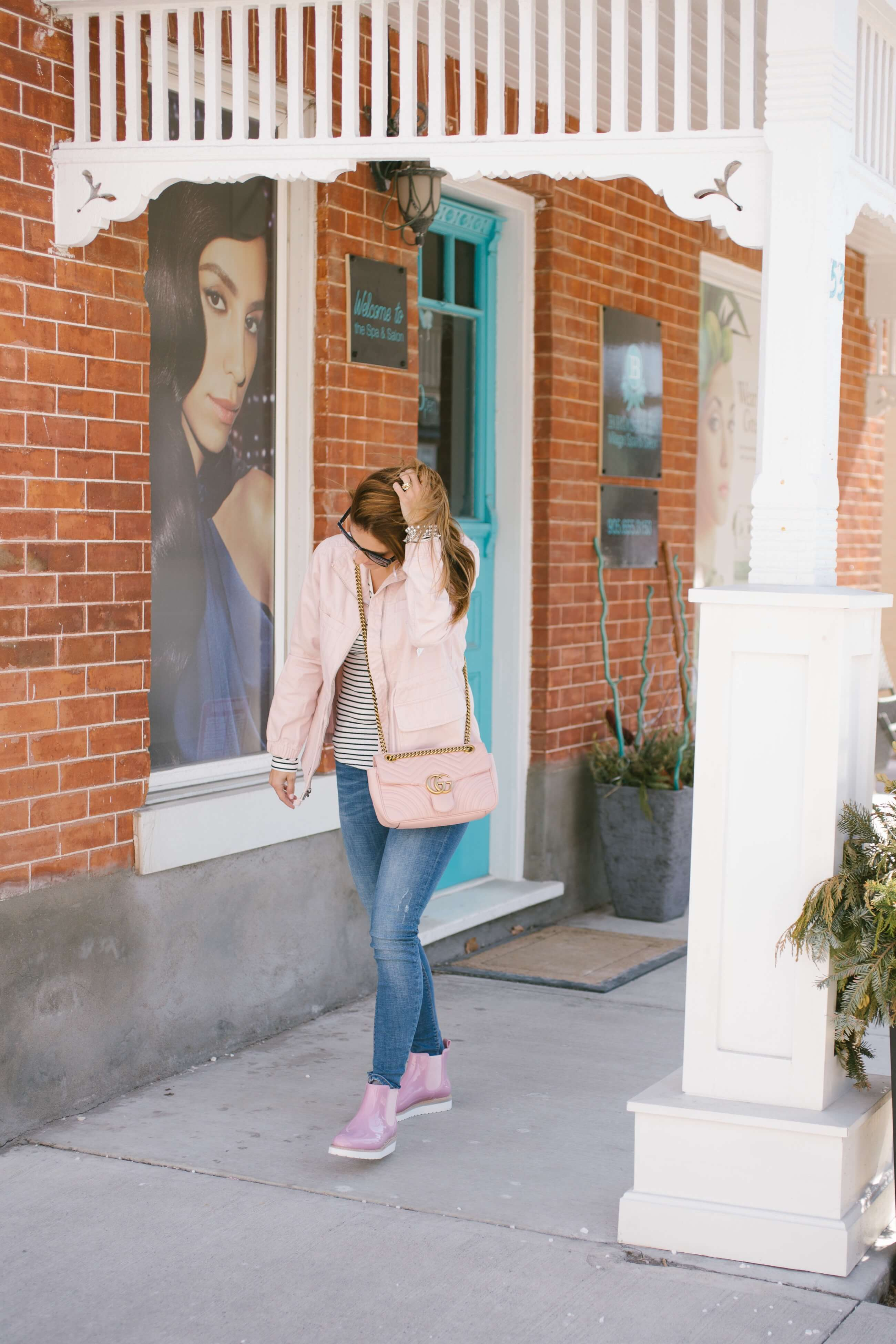 Pink rubber boots; pink spring jacket and pink boots; Pink Old Navy Twill Field Jacket, Pink Gucci Marmont bag, Cougar Kensington Chelsea Boots; Mandy Furnis sparkleshinylove