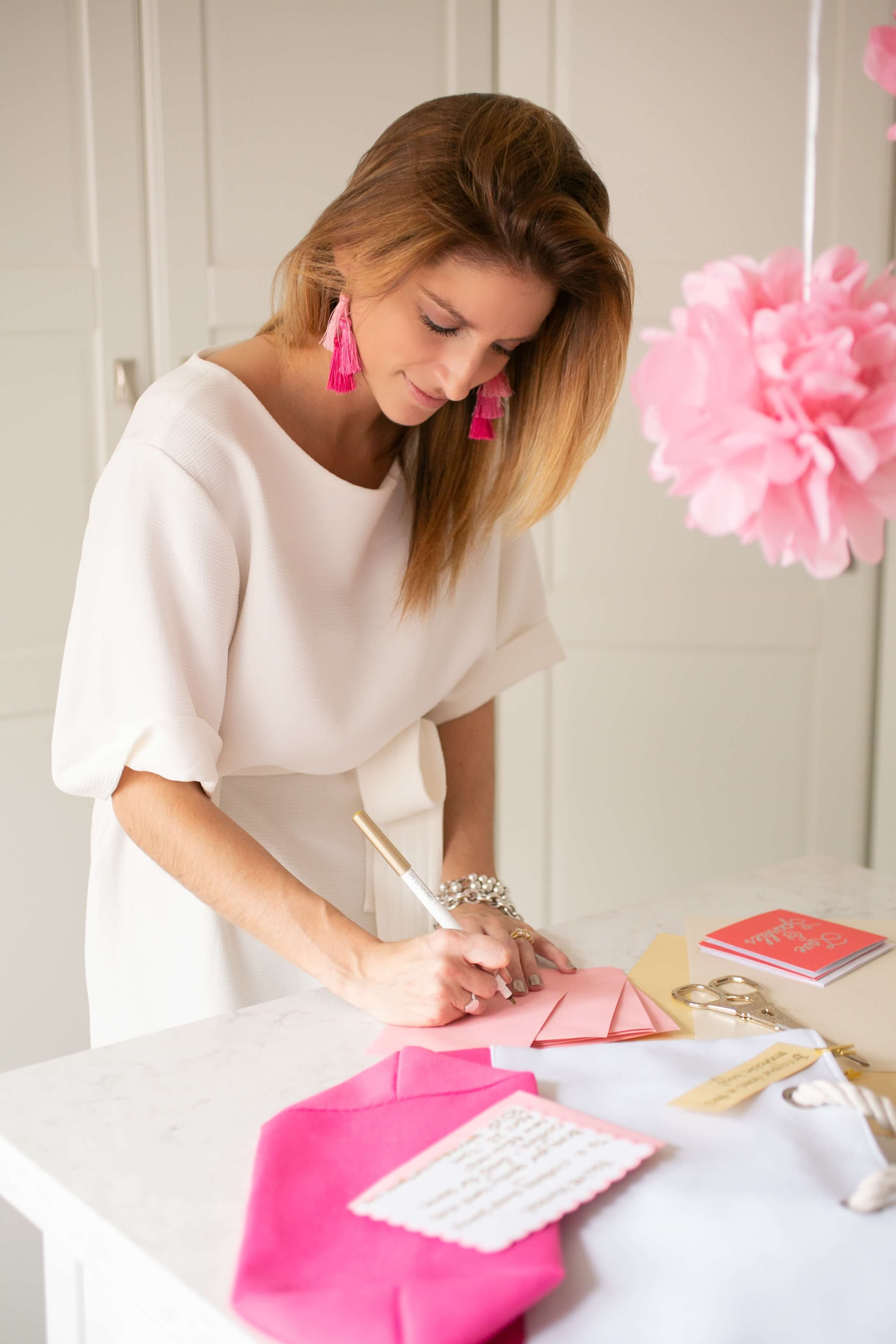 How to host a Hand-Me-Downy clothing swap party Mandy Furnis sparkleshinylove