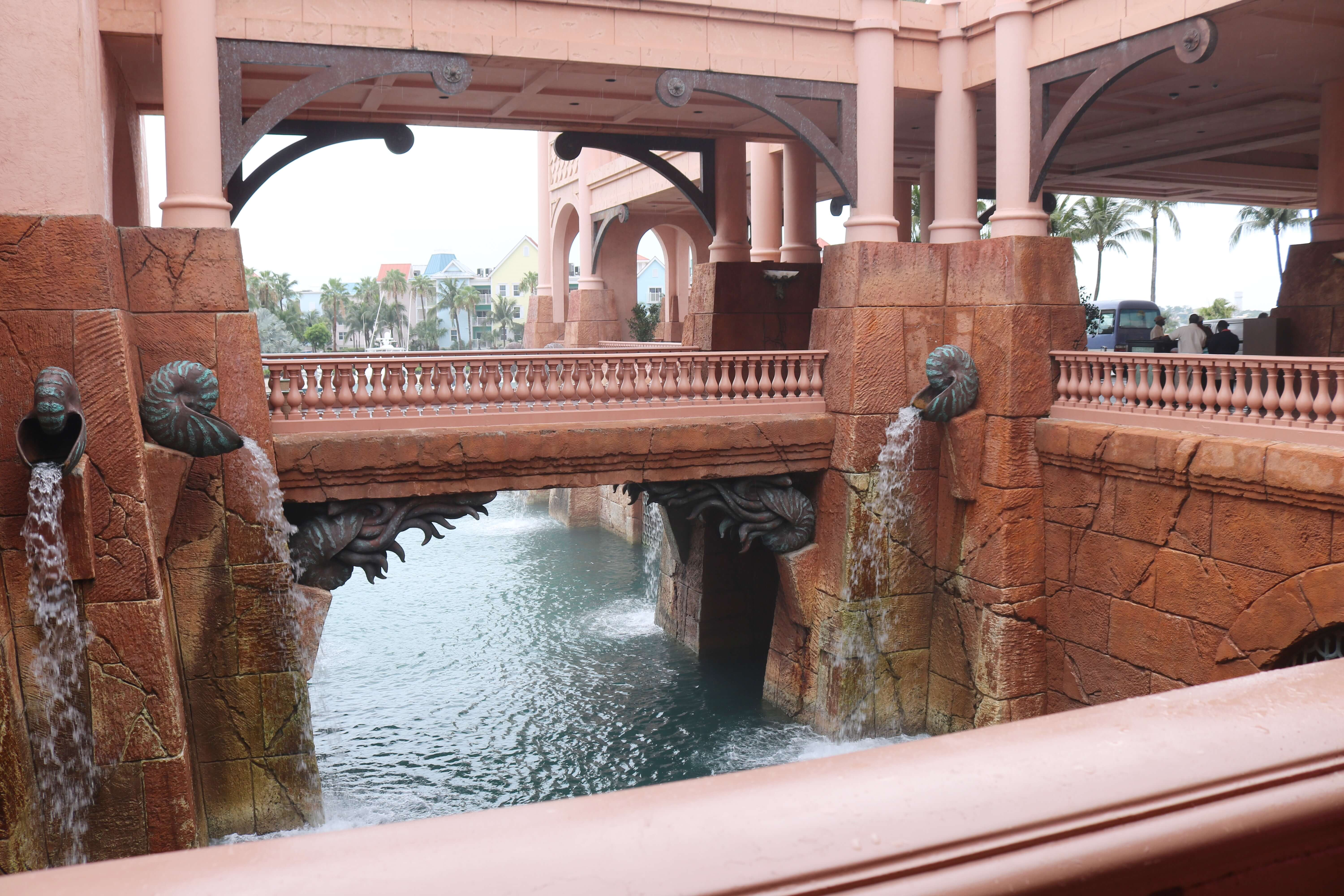 Atlantis Resort Review; My guide to Atlantis resort; Atlantis Resort Paradise Island Bahamas Review sparkelshinylove