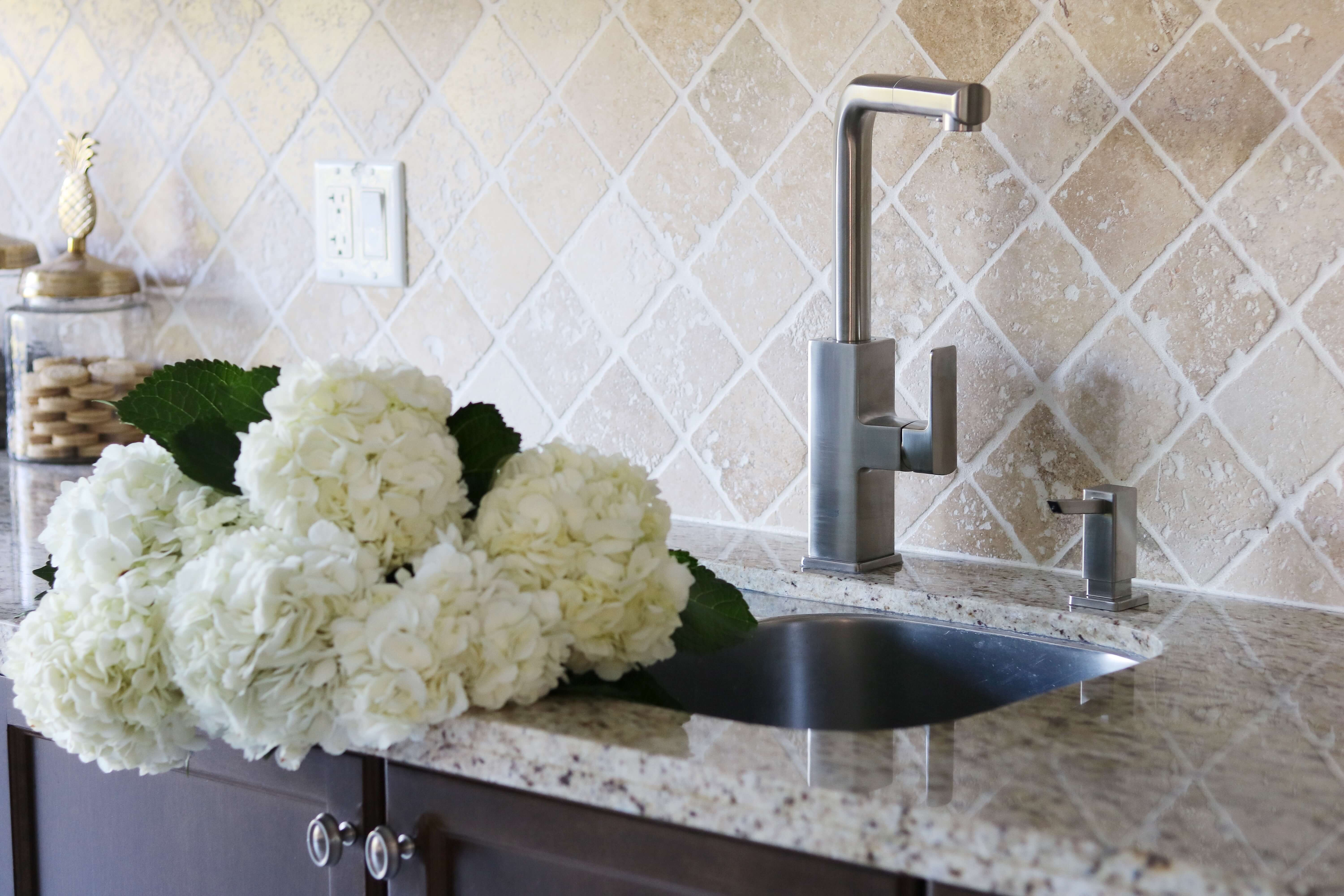 """Home Depot Canada Kitchen update Grohe """"Tallinn"""" Kitchen Pull-Out Faucet sparkleshinylove"""