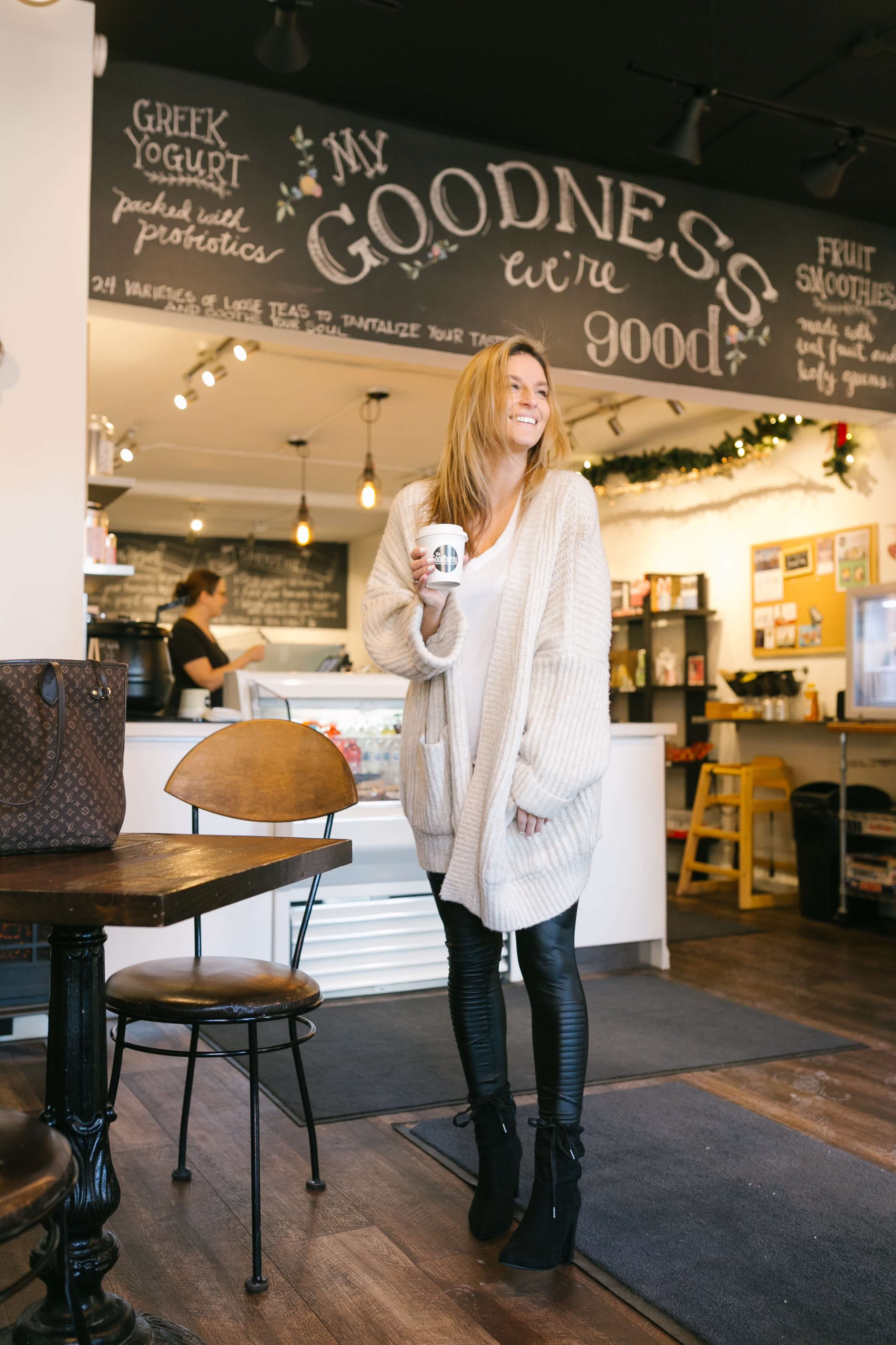 oversized cardigan, t-shirt, leather leggings; a cozy look for winter; pretty cafe corners; mandy furnis sparkleshinylove