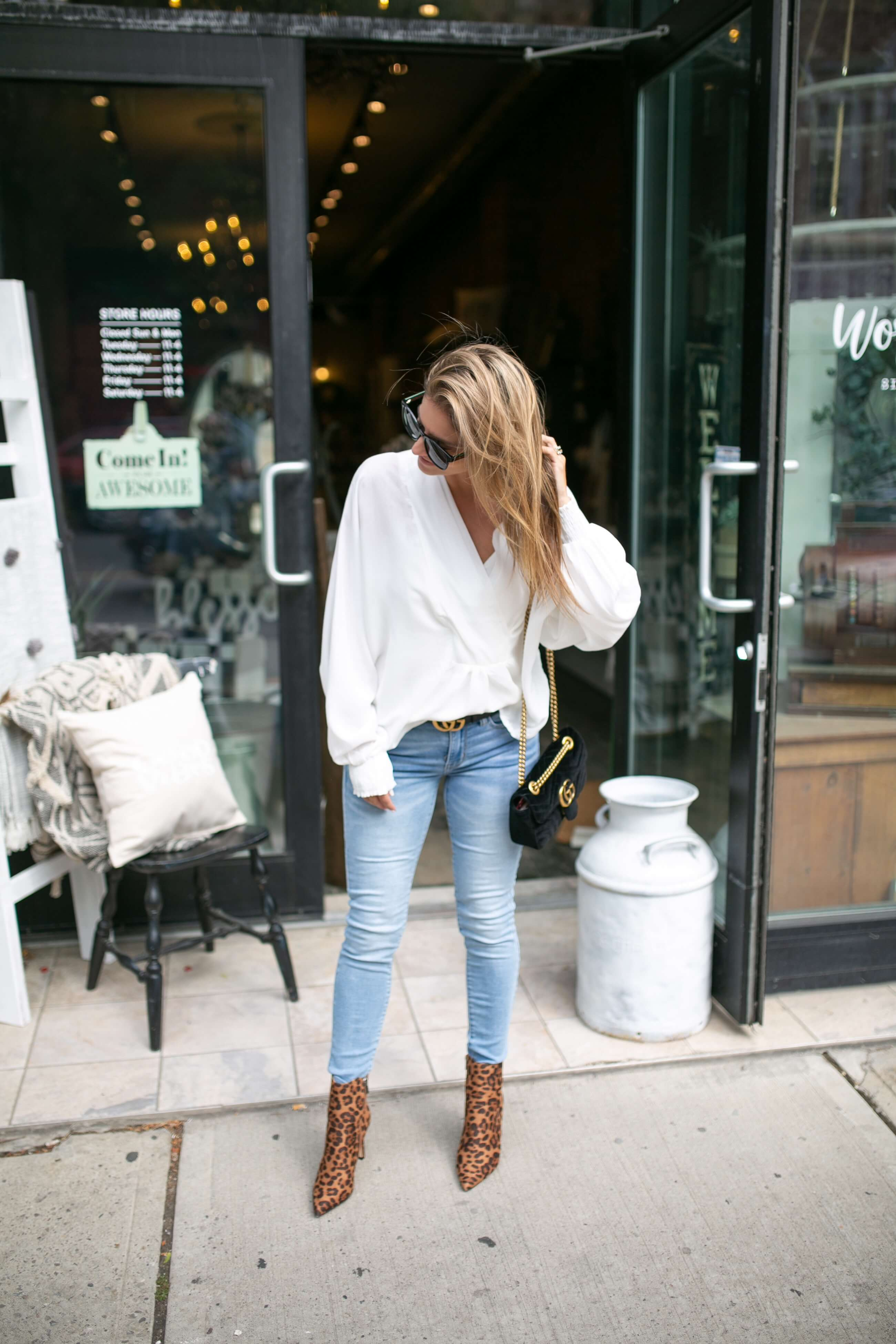 Casual fall outfit ideas; gucci belt; gucci suede bag; leopard boots