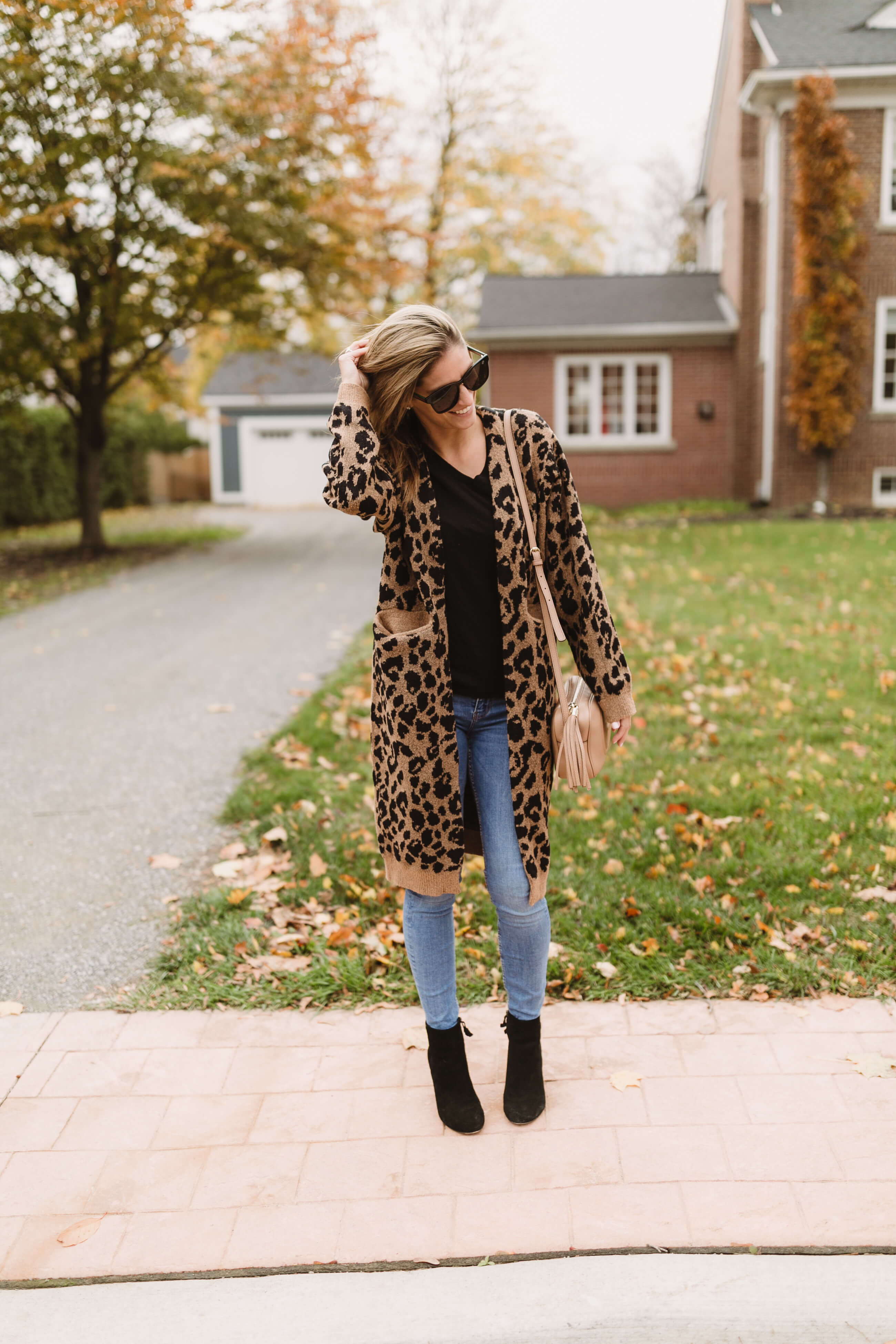 Leopard Chicwish sweater with pockets; winter style; winter longline cardigan Mandy FURNIS Whitby style blogger sparkleshinylove