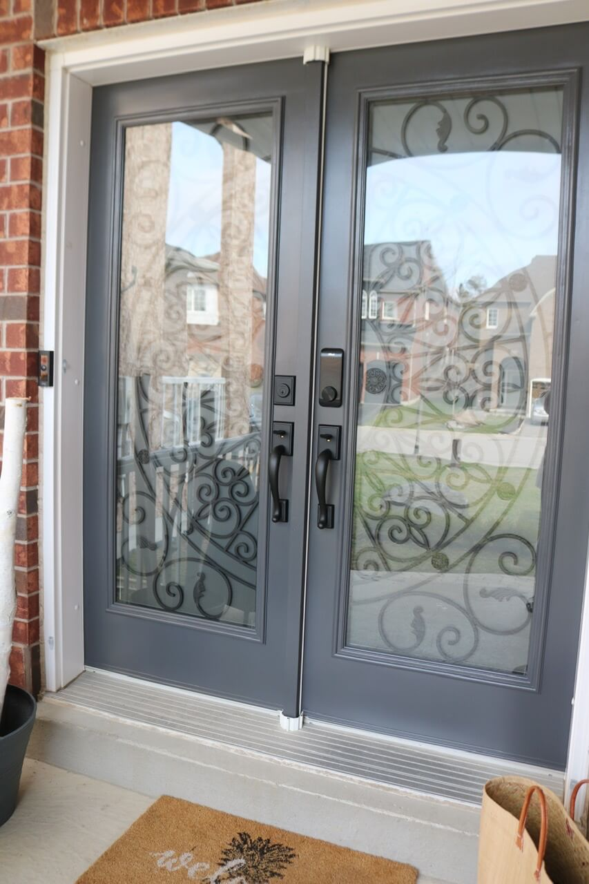 Updated front doors with Alfred Db2-b smart lock