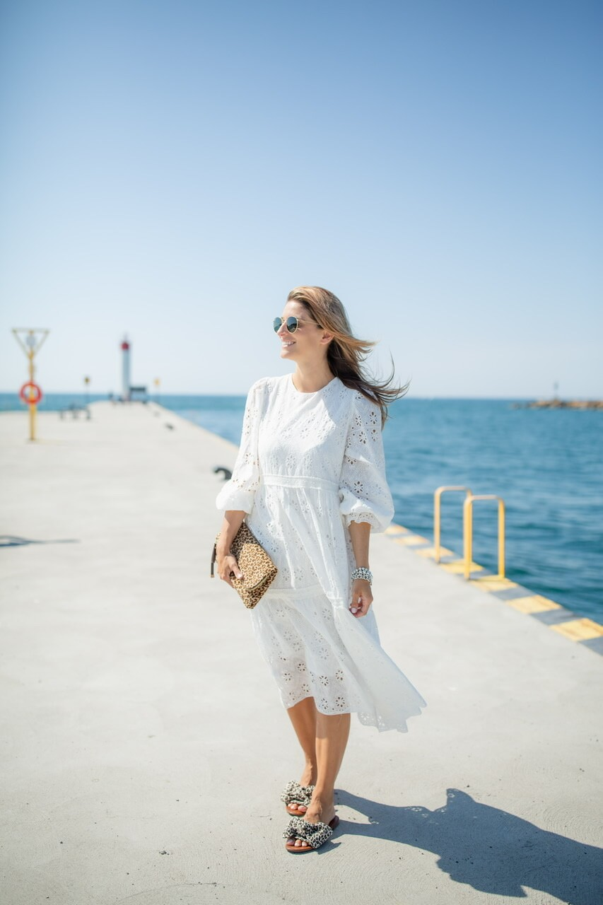 Fresh Summer White Lace dress from Chicwish; mandy furnis sparkleshinylove