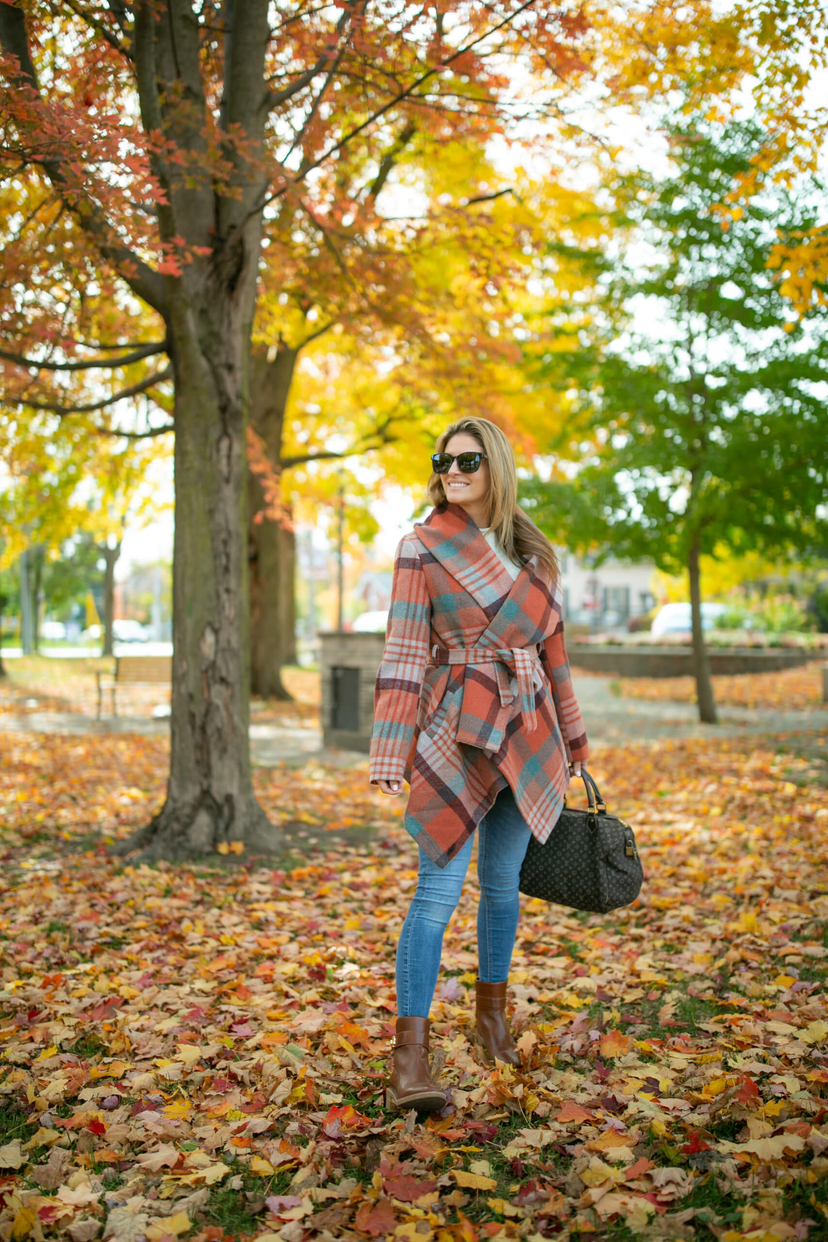 Fall plaid coat; chicwish fall plaid coat; plaid winter coat; mandy furnis sparkleshinylove; durham region blogger