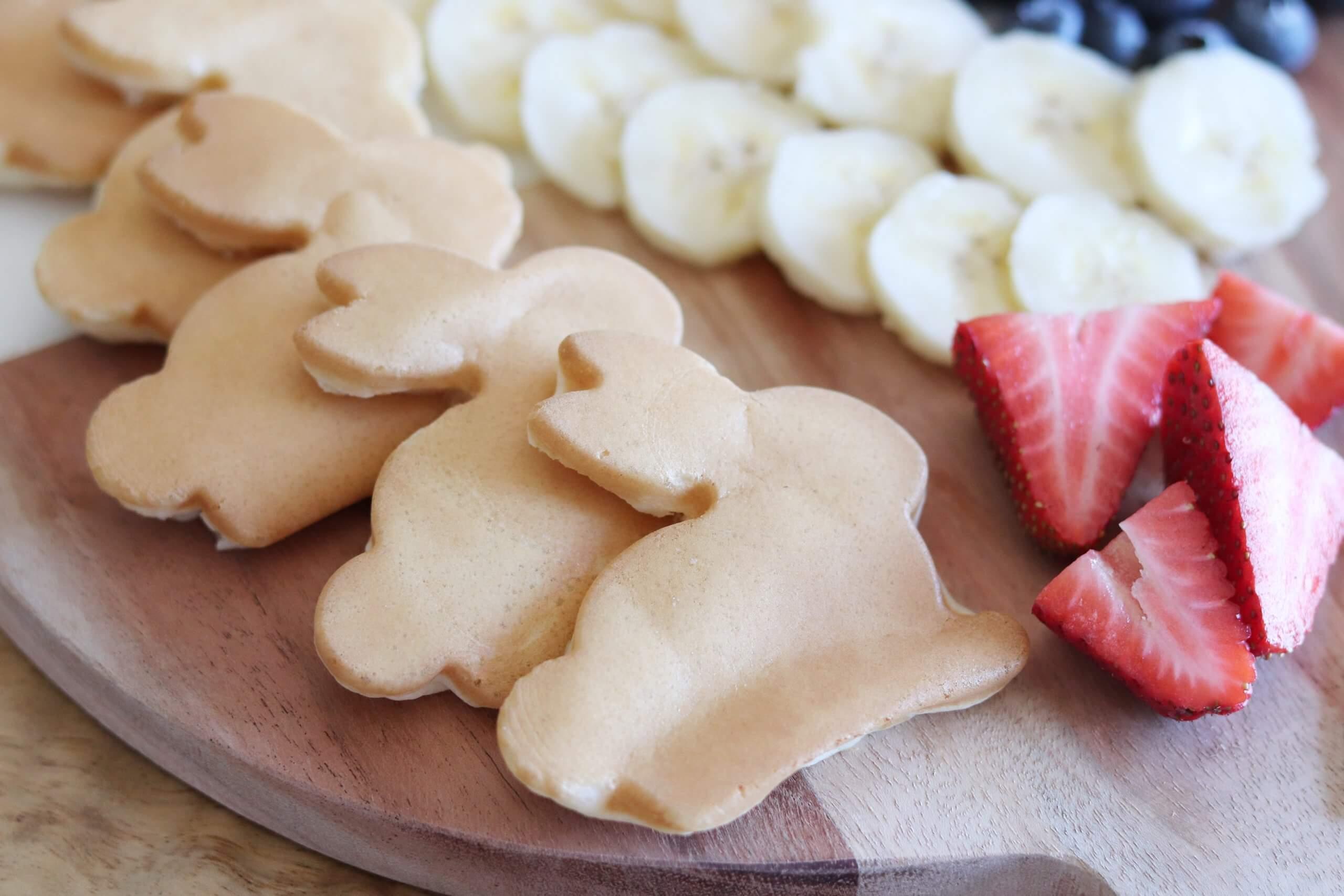 Easter Pancake Charcuterie Board sparkleshinylove