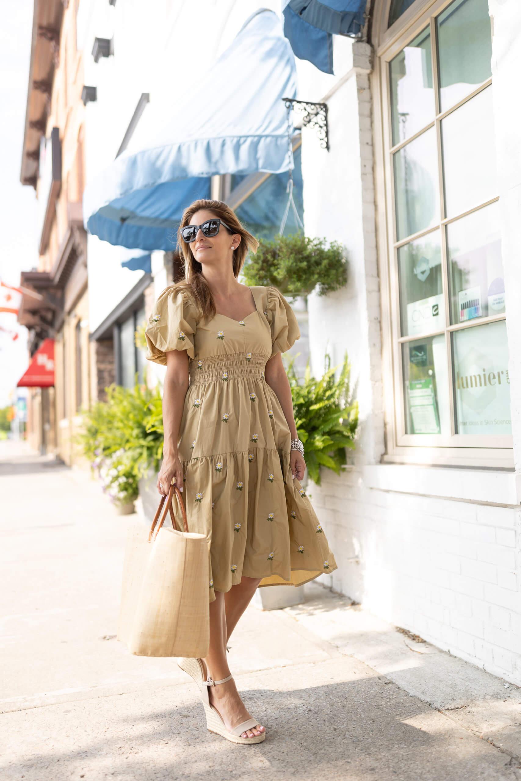 Chicwish summer dress; summer puff sleeve dress; whitby; durham region blogger